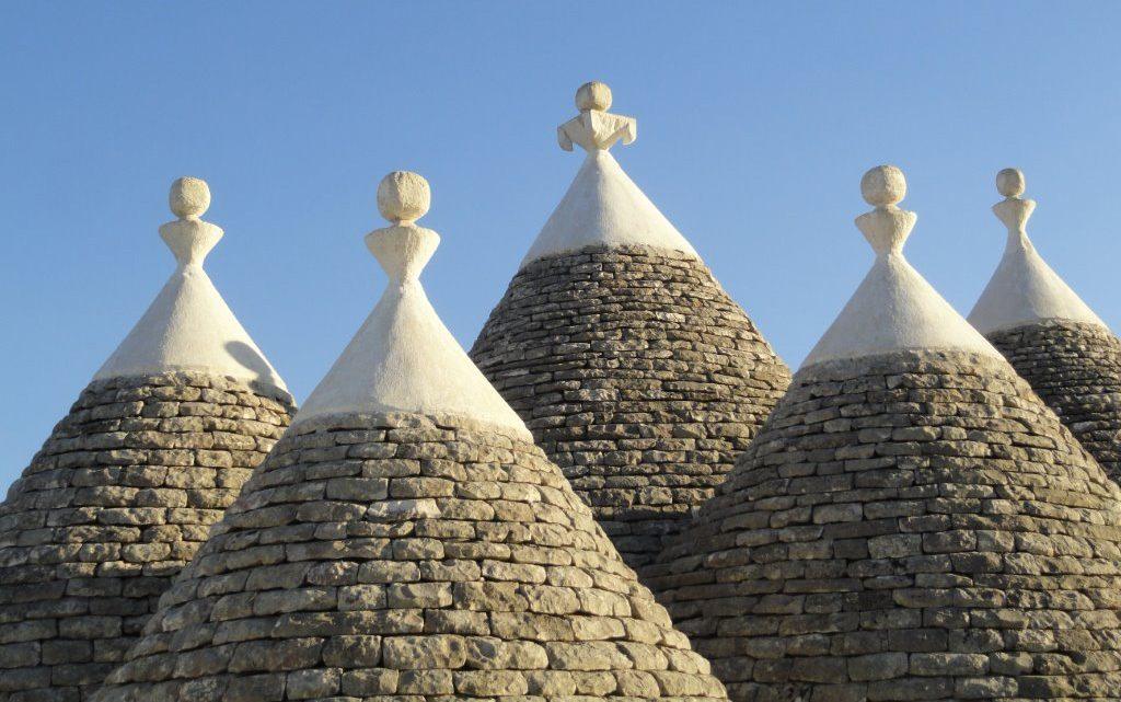 toits de maisons pouilles